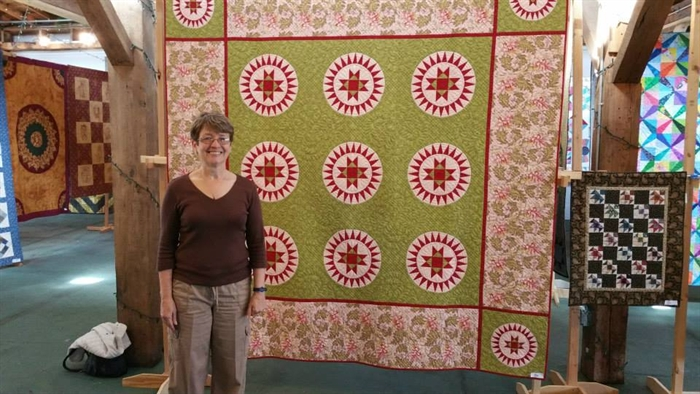 """Ohio Beauty"" Quilt Is Mayor's Choice"